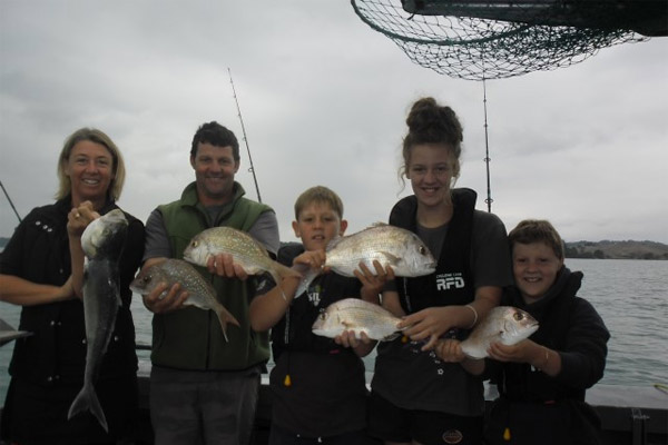 Ohiwa Harbour Safe Family Fishing